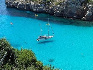 Lastminute 3 Tage Menorca inkl. Flug, Transfers und Zug zum Flug ab Frankfurt  147,00€ p. P.