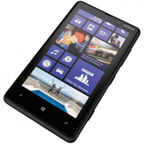 Nokia Lumia 820 schwarz mit Qi-Cover [wieder da]