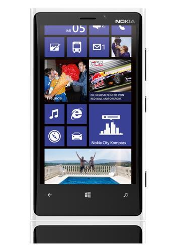 Nokia Lumia 920 white + cyan, B-Ware für 299,95 € + 4,99€ VSK