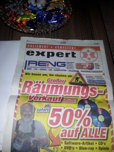 Expert Reng in Regensburg großer Räumungsverkauft 50% auf alle Software-Artikel, CD's, DVD's, Blu-ray, Spiele