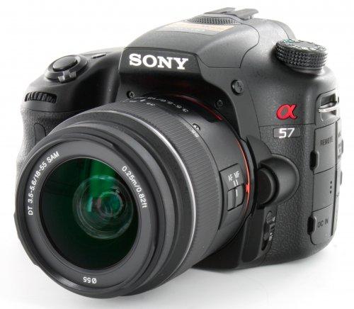 Sony Alpha 57 Kit 18-55 mm (SLT-A57K) knapp 110 € günstiger