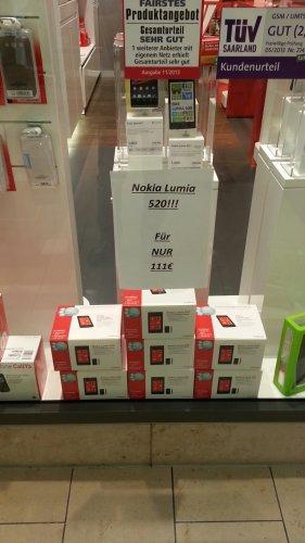 / LOKAL Essen / Nokia lumia 520 nur 111 Euro