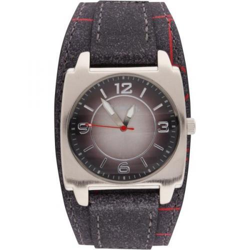 @thehut : Bench Uhr für 10,74 €  ,   Vergleichspreis bei   Amazon:  52 €
