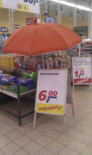@real offline,  Sonnenschirm 2m Durchmesser reduziert auf 6€ lokal Neuss