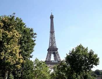 Kostenlose Stadttour (i.W.v. 65€) für Transitgäste des Flughafens CDG (Paris)