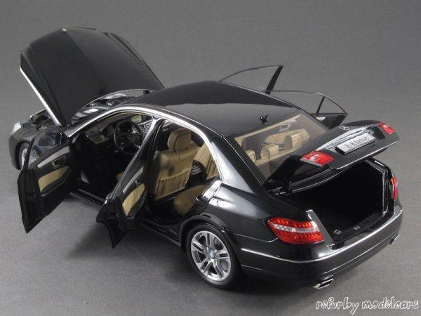 1:18 Minichamps Mercedes Benz E-Klasse W212 für nur 19,94 EUR inkl. Versand [B-Ware]