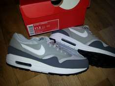 Lokal Hamburg Nike Store - Air Max 1 Essential