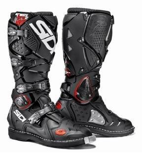SIDI Crossfire 2 Motocross-Stiefel zusammen mit ABO Motocross Enduro