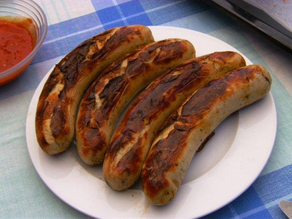 Real Bundesweit 1 Kg Bratwurst für 3,00 Euro!