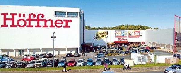Abverkauf im Möbelhaus Höffner in Fürth. 30% auf alles was Vorort und im Lager ist.