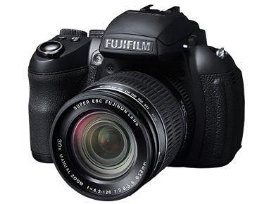 Fujifilm FinePix HS30EXR Bridge-Kamera (16 Megapixel, 30-fach opt. Zoom, 3 Zoll Display, bildstabilisiert) für 228,09 € @Amazon.co.uk