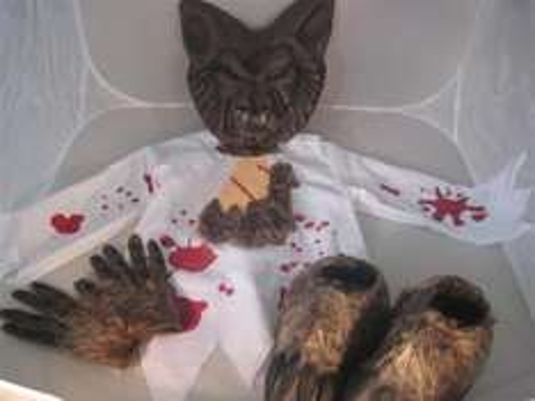 4 teiliges Werwolf Kostüm mit Werwolfschuhen für nur 19,90 EUR inkl. Versand