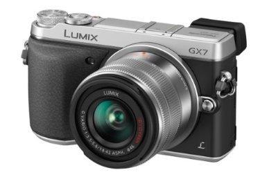 Panasonic Lumix DMC-GX7 mit Objektiv H-FS1442AE-S