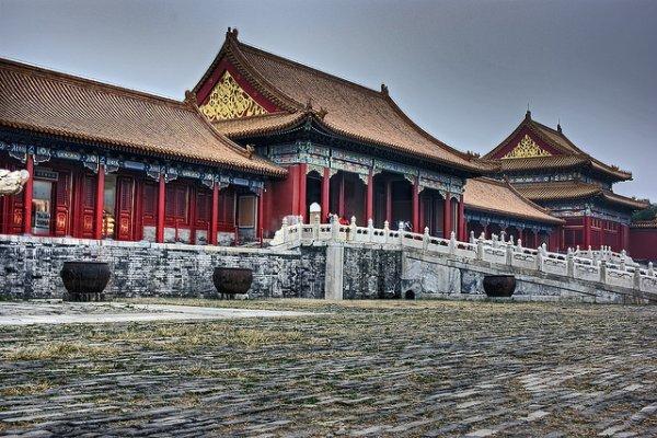 Flüge: Peking ab Antwerpen 392,- € hin und zurück - Shanghai 436,- € - São Paulo 422,- € - Rio 426,- € (November - März)