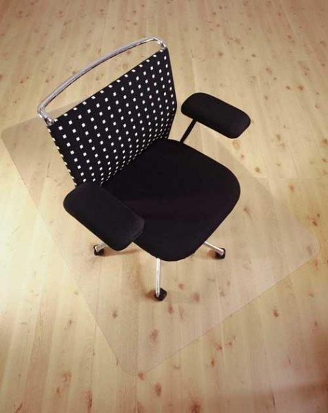 Bodenschutzmatte 90 x 120 cm für nur 19,99 EUR inkl. Versand