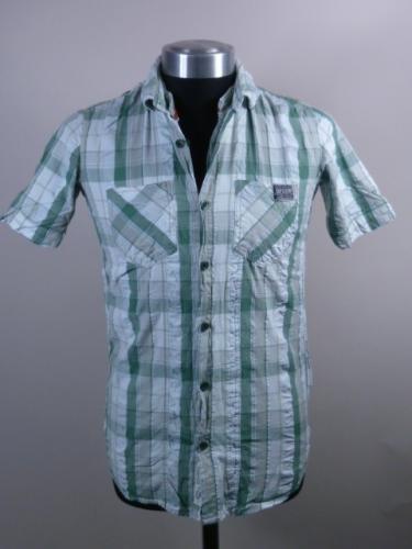Männer Superdry Langarm- und Kurzarm-Hemden und viel andere superdry-Kleidung @ebay.co.uk ACHTUNG! Mitunter 2. Wahl!
