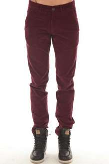 Jack & Jones Cordhose Bordeaux für 22,46€ @eBay