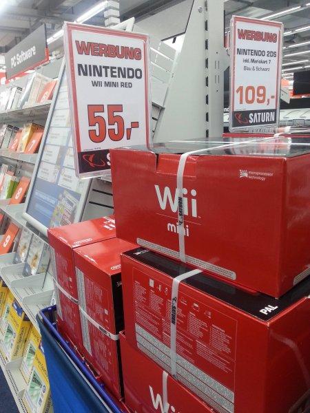 [Lokal Paderborn @Saturn] Nintendo Wii Mini red 55€
