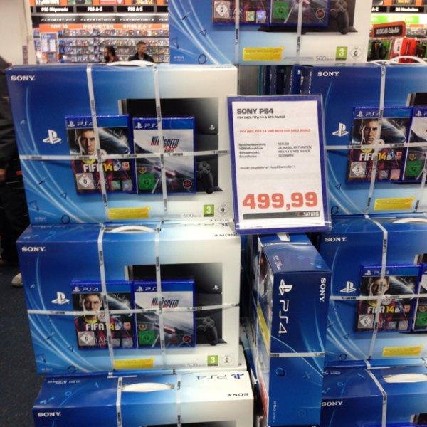 Saturn Leipzig: PS4 + 2 Spiele
