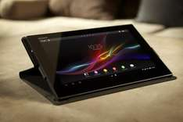 [Berlin] Sony Xperia Tablet Z 32GB Weiß + Sony Cover für 449,- EUR (statt idealo ca. 521,-  EUR)