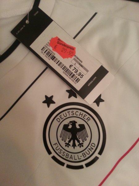 [lokal Bottrop] Intersport Borgmann - DFB Trikot Heim