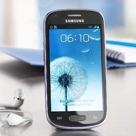 Galaxy S III Mini metallic blue »I8190« für 179€ beim Kaufland
