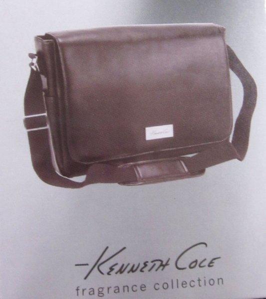 Douglas: Ab 39,- Bestellwert eine Kenneth Cole Tasche (Farbe Schwarz) gratis + 2 weitere Geschenke + 5,- Euro Gutschein