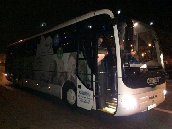 Mit Onebus für 13 € von Köln nach Berlin oder für 15 € nach Stuttgart und zurück (inkl. Snack + Getränk)