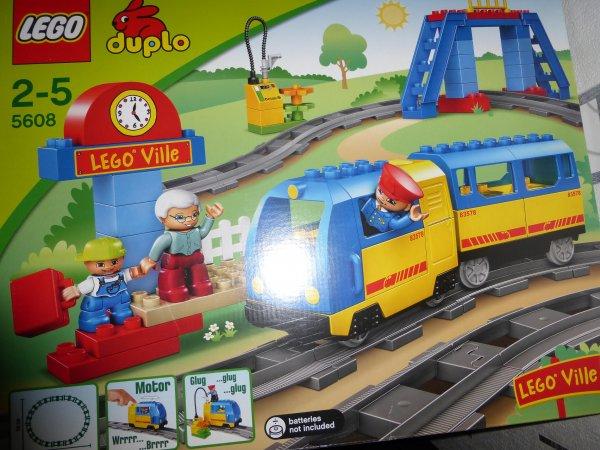 Lego Duplo Eisenbahn 5608 bei Rossmann (nur lokal?) nicht im Onlineshop