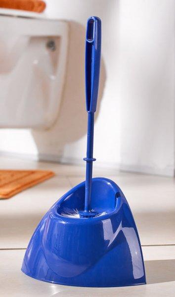 Toilettengarnitur(2-teilig.)+Spülbürsten-Set(2-St.-Packg.)+Kehrgarnitur(2-teilig)+Universalschwamm-Set(30-St.-Packg.) für jeweils 1€ bei Kaufland