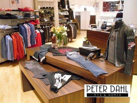 (Lokal Bochum) - Peter Dahl Fashion, Lifestyle and more € 50,00 Gutschein für € 18,75 zzgl. Versand