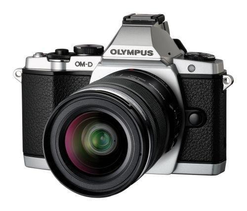 OLYMPUS KIT OM-D E-M5 silber + Obj 12-50 + 45 F/1.8 + HLD-6 bei Namencolor/Spanien