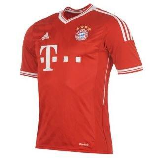 Aktuelles Bayern Trikot für 39,59 + Versand