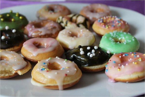 Mini-Donuts 250g für 1,29€+Mini Windbeutel 200g für 0,59€+Kabeljaufilet 1kg für 4,34€ bei Frostkauf (Berlin)