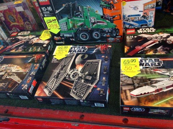 [LOKAL]Flensburg - LEGO Star Wars TIE FIGHTER/X-Wing/Z-95 Headhunter  - Brüning GmbH Große-Straße