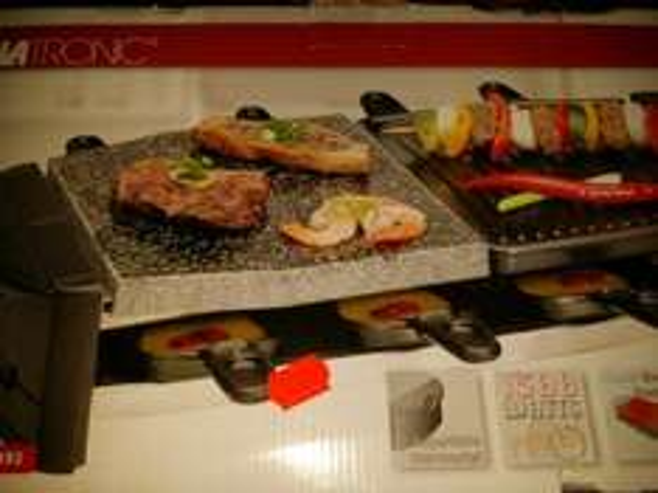 [lokal Neuwied/Kaufland]Clatronic Raclette grill mit Stein