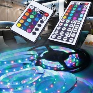 LED-Stripes - 5 Meter mit Netzteil & Fernbedienung 25.95€