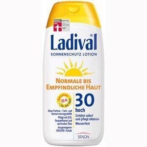 Kosmetiktasche + Ladival® Sonnencreme Normale bis empfindliche Haut