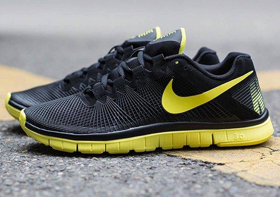 Nike FREE TRAINER 3.0    41,97 € + 5,90 € Versand