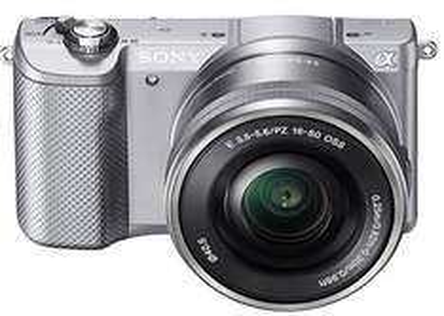 Sony Alpha 5000 Systemkamera mit SEL-P1650 Objektiv @amazon.de