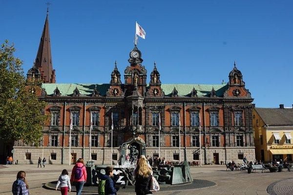 Bus & Fähre: Berlin - Malmö 70,- € hin und zurück / 48,- € für Studenten