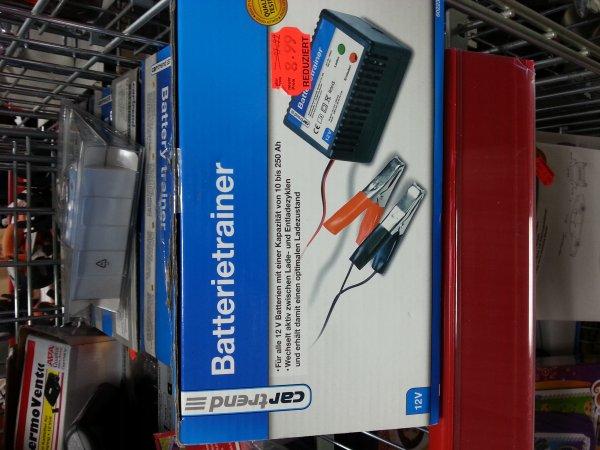 [Lokal: Berlin Eiche] Cartrend Batterietrainer/Ladegerät