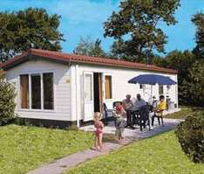Osterferien/Nordsee: 5 Tage Texel (De Koog), 4 Personen für 206,72€ statt 273,22 (inkl. Schwimmbad & Kurtaxe)