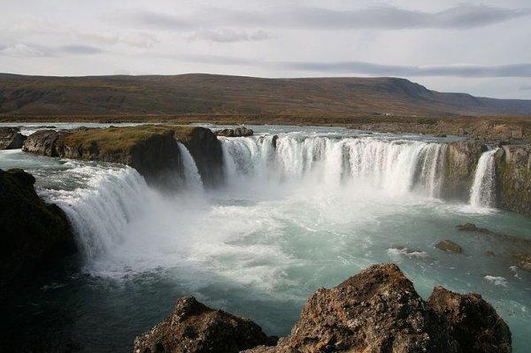 Flüge: Island ab Brüssel 144,- € incl. 20kg Gepäck (Juni)