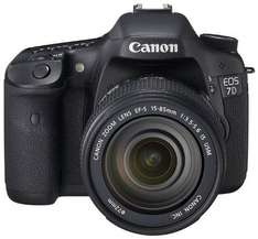 Canon EOS 7D SLR-Digitalkamera inkl. EF-S 18-135mm IS LENS-KIT für 1003,99 € bei Amazon.de