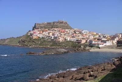 Mai 2014: 10 Tage Sardinien, Apartment, Flug, Mietwagen für 5 Personen ca. 123 € p.P.