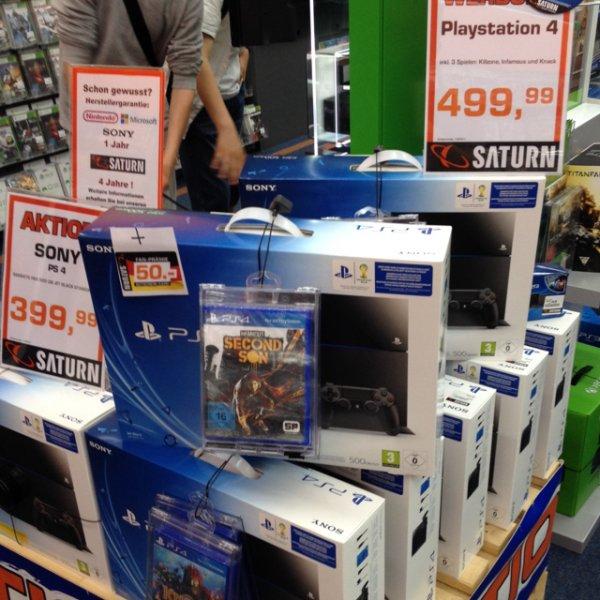 [Saturn Berlin Köpenick] Playstation 4 inkl. 3 Spiele + 50 Euro Gutschein für 499,99 Euro