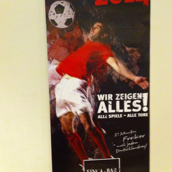 Fußball WM Bar Celona Bielefeld , 11 Minuten Freibier nach Deutschland Sieg