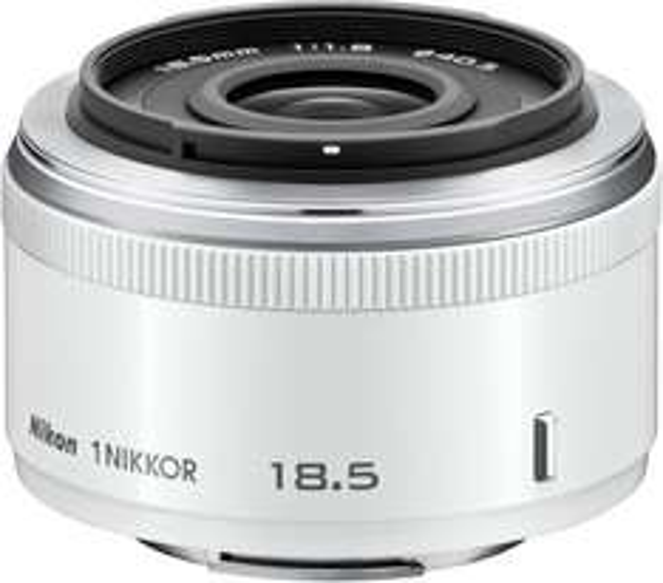 Nikon 1 NIKKOR 18,5mm 1:1,8 Objektiv mit 35€ Cashback von Nikon!