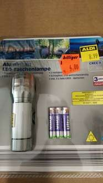 Cree 5W LED Taschenlampe bei Aldi Nord- 4€